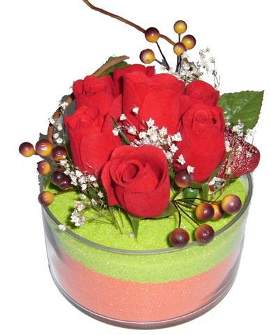 Polatlı hediye sevgilime hediye çiçek  7 adet kirmizi gül cam içinde sevdiklerinize