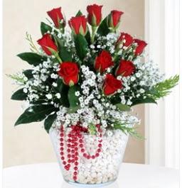 9 adet kırmızı gül cam içerisinde  Polatlıdaki çiçekçiler çiçek servisi , çiçekçi adresleri