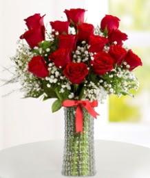 10 kırmızı gül cam vazo içerisinde  Polatlı Ankara hediye çiçek yolla