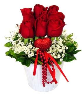 9 kırmızı gül seramik ve kalp çubuk  Polatlıda çiçek firması çiçek gönderme