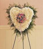çiçek siparişi sitesi  kalp pano beyaz karanfillerden