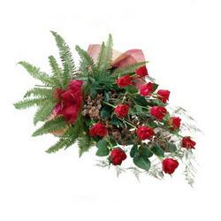 Ankara Polatlı online çiçek gönderme sipariş  10 adet kirmizi gül özel buket çiçek siparisi