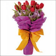 kirmizi lale buketi demeti   ucuz çiçek gönder