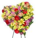kalp biçiminde ferförje   Polatlıda çiçek firması çiçek gönderme