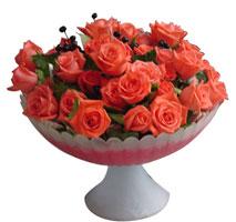 Polatlı uluslararası çiçek gönderme  cam vazo içinde güller