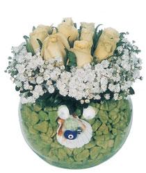 Polatlıdaki çiçekçiler  9 adet beyaz gül cam yada mika içerisinde