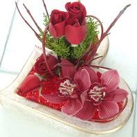 Polatlıdaki çiçekçiler  2 kandil orkide 3 adet kirmizi gül mika kalp