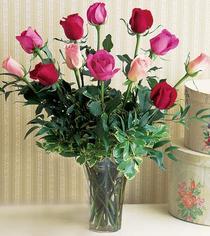 Polatlıya çiçek çiçek mağazası , çiçekçi adresleri  12 adet karisik renkte gül cam yada mika vazoda
