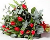 Polatlı çiçek satışı  11 adet kirmizi gül buketi özel günler için