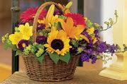 Polatlı Ankara çiçek , çiçekçi , çiçekçilik  Karisik mevsim çiçeklerinden sepet tanzimi