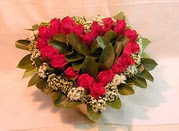 Polatlıdaki çiçekçiler  Kalp seklinde hazirlanmis gül tanzimi