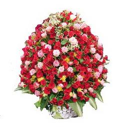 Polatlıdaki çiçekçiler çiçek servisi , çiçekçi adresleri  365 gün 365 güne özel gül sepeti