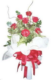 çiçek siparişi sitesi  7 adet kirmizi gül buketi