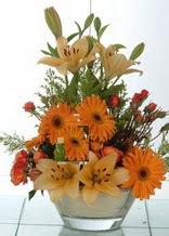 Polatlıdaki çiçekçiler çiçek servisi , çiçekçi adresleri  cam yada mika vazo içinde karisik mevsim çiçekleri
