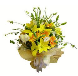 Polatlı çiçek gönderme sitemiz güvenlidir  2 dal kazablanka ve kir çiçekleri