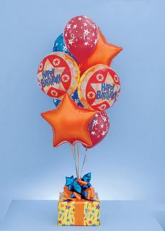 Polatlı çiçek gönderme sitemiz güvenlidir  19 adet uçan balon ve küçük kutuda çikolata