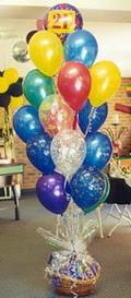 Polatlı uluslararası çiçek gönderme  sepet içerisinde çikolata ve 21 adet balon