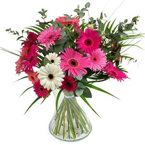 15 adet gerbera ve vazo çiçek tanzimi  Ankara Polatlı online çiçek gönderme sipariş