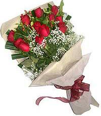 11 adet kirmizi güllerden özel buket  internetten çiçek siparişi