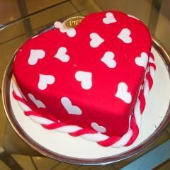kalp biçiminde yas pasta özel kisilere  Polatlı cicek , cicekci