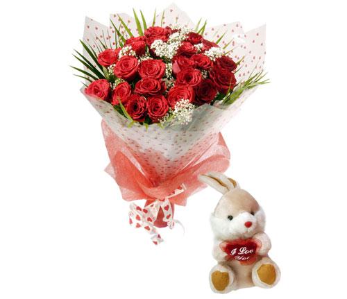 10 adet kirmizi gül ve hediye pelus oyuncak  Polatlı uluslararası çiçek gönderme