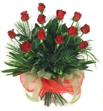 Çiçek yolla 12 adet kirmizi gül buketi  Polatlıda çiçekçi güvenli kaliteli hızlı çiçek