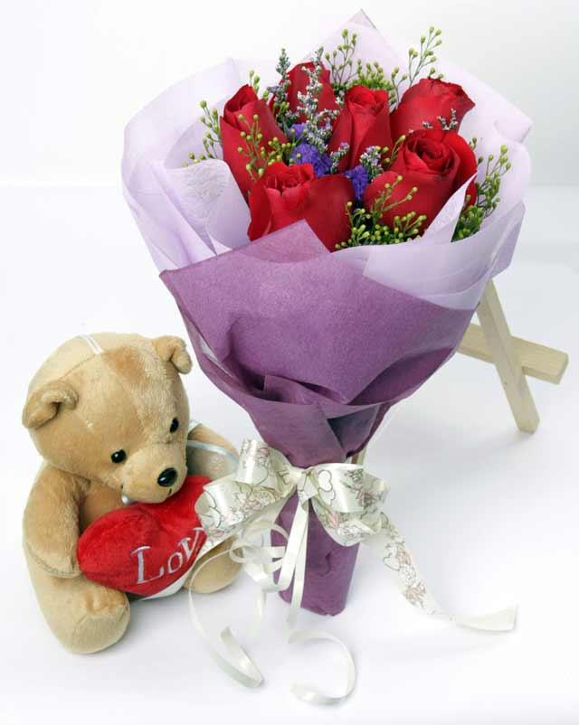 oyuncak ve 7 adet kirmizi gül buketi  Ankara Polatlı online çiçekçi , çiçek siparişi