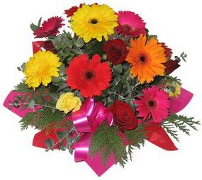 Karisik mevsim çiçeklerinden buket  Polatlı hediye sevgilime hediye çiçek