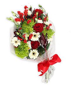 Karisik mevsim buketi çiçek tanzimi  internetten çiçek siparişi