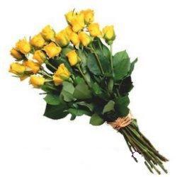 14 şubat sevgililer günü çiçek  12 adet sari gül buketi özel