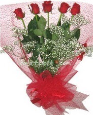 5 adet kirmizi gülden buket tanzimi  Ankara Polatlı çiçek yolla