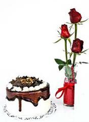 Polatlı çiçek siparişi vermek  vazoda 3 adet kirmizi gül ve yaspasta