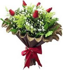Ankara Polatlı online çiçek gönderme sipariş  5 adet kirmizi gül buketi demeti