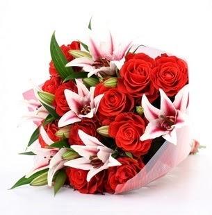 Polatlı çiçek siparişi vermek  3 dal kazablanka ve 11 adet kırmızı gül