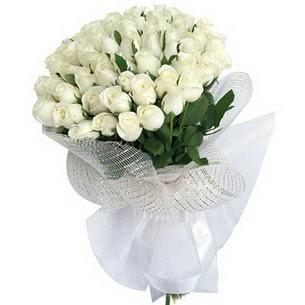 Ankara Polatlı Ankara kaliteli taze ve ucuz çiçekler  51 adet beyaz gülden buket tanzimi