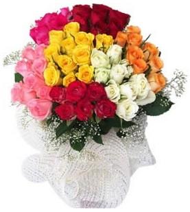 Polatlıya çiçek Ankara çiçekçi telefonları  51 adet farklı renklerde gül buketi