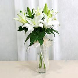 Polatlı anneler günü çiçek yolla  2 dal kazablanka ile yapılmış vazo çiçeği