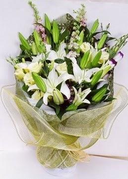 Polatlıdaki çiçekçiler çiçek servisi , çiçekçi adresleri  3 adet kazablankalardan görsel buket çiçeği