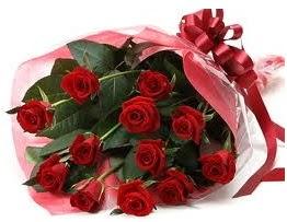 Sevgilime hediye eşsiz güller  Polatlı uluslararası çiçek gönderme