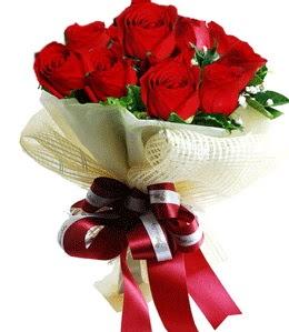 9 adet kırmızı gülden buket tanzimi  Polatlı çiçek gönderme sitemiz güvenlidir