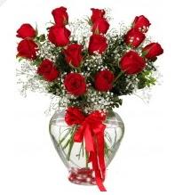 11 adet kırmızı gül cam kalpte  Ankara Polatlı online çiçek gönderme sipariş