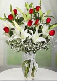 9 adet kırmızı gül 3 dal kazablanka  Ankara Polatlı çiçek yolla