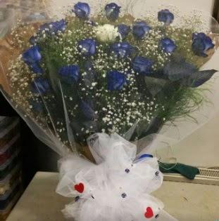 Mavi güllerden kız isteme buket çiçeği  internetten çiçek siparişi