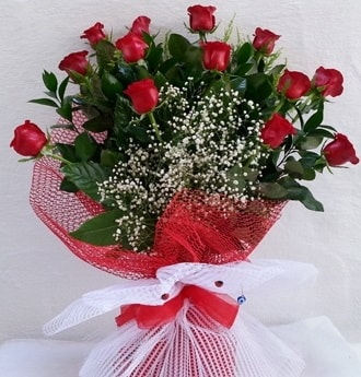 Kız isteme çiçeği buketi 13 adet kırmızı gül  Ankara Polatlı İnternetten çiçek siparişi