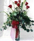 çiçek siparişi sitesi  7 adet gül özel bir tanzim