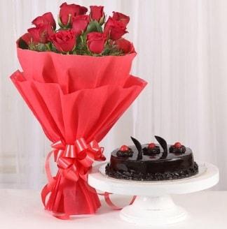 10 Adet kırmızı gül ve 4 kişilik yaş pasta  Polatlı internetten çiçek satışı