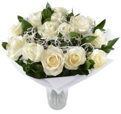 15 beyaz gül buketi sade aşk  Polatlı çiçek satışı
