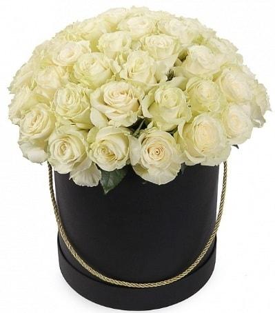 33 Adet beyaz gül özel kutu içerisinde  Polatlı internetten çiçek satışı