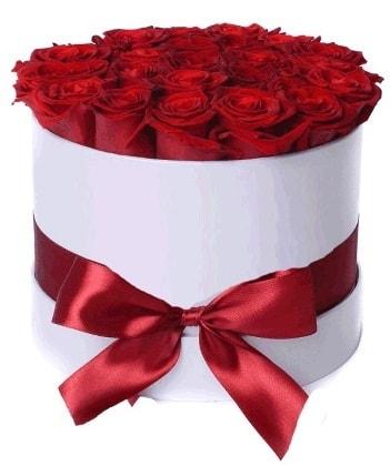 33 adet kırmızı gül özel kutuda kız isteme   Polatlıdaki çiçekçiler